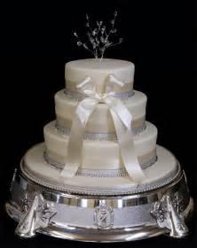 wedding cake decorations unique wedding cake decorations flowers with the faces of wedding cake decorations