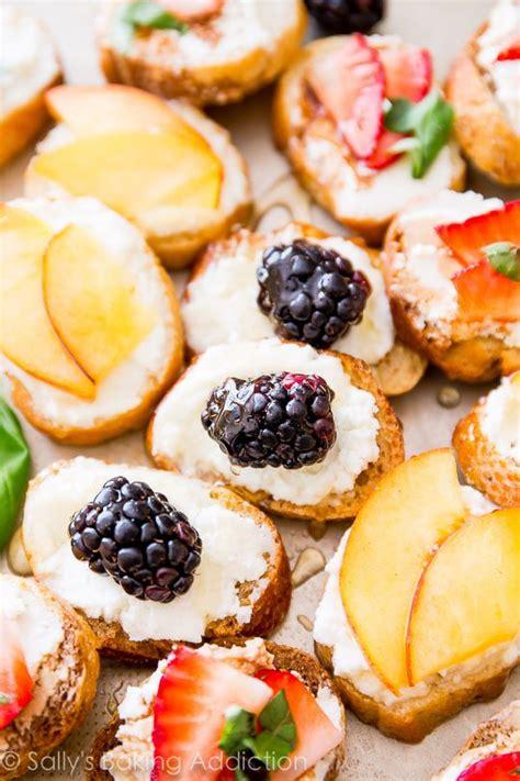 crostini au chevre au miel  aux fruits recettes du monde