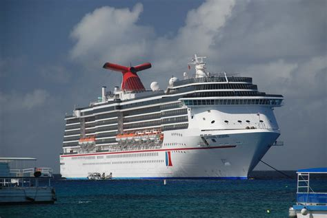 Legend Boats Problems by 24 Pictures Carnival Cruise Boat Legend Youmailr