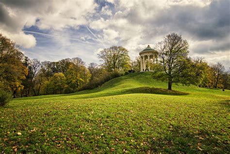 Herbst Im Englischen Garten by Herbst Im Englischen Garten Foto Bild Deutschland