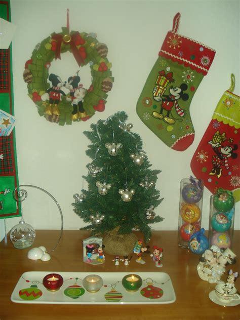 35 disney christmas decorations ideas decoration love
