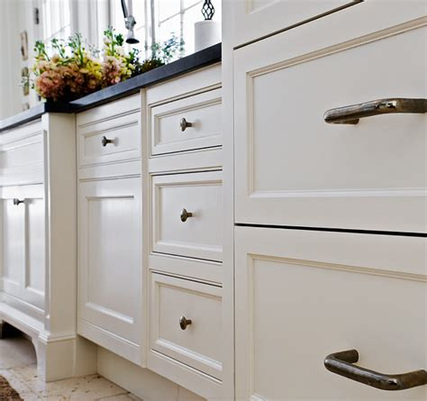 white cabinet paint color pin benjamin moore swiss coffee paint colors free