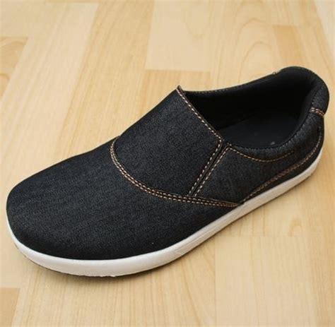 4 sepatu keren pria murah yang terbaik dari surabaya