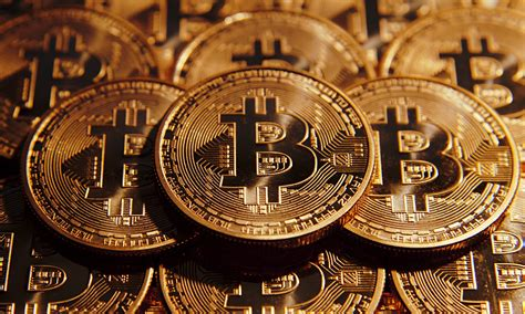 Money banknotes 596 bitcoin 86 coins 210 dollars 229 euro. Download 2560x1536 Bitcoin, Cryptocurrency Wallpapers - WallpaperMaiden
