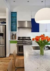 Ilot central cuisine avec evier modele de cuisine avec for Comment installer une cuisine equipee