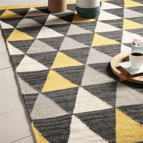 carrelage design 187 tapis jaune et gris moderne design