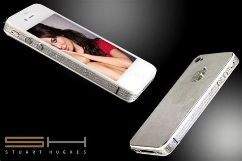 iphone limited edition iphone 4s limited edition with diamonds and platinum