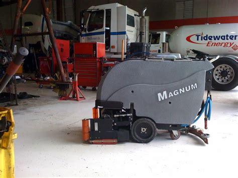 tomcat magnum floor scrubber manual floor scrubber sweeper magnum walk floor scrubber