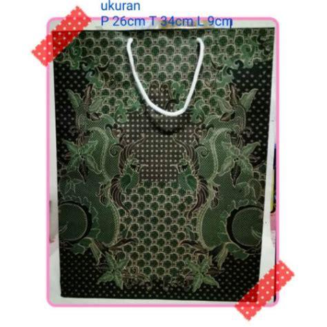Mentari sore women (manual handprint batik). Tas tengteng kertas batik hijau goodybag Paper Bag batik hijau   Shopee Indonesia