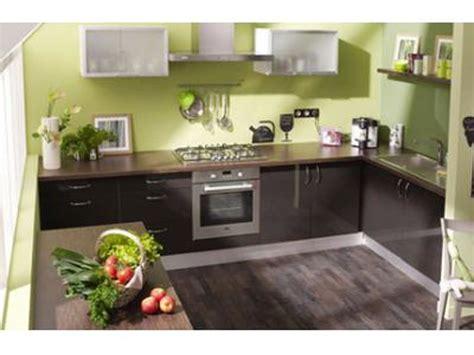 et decoration cuisine peindre une cuisine cuisine deco peinture img2 deco