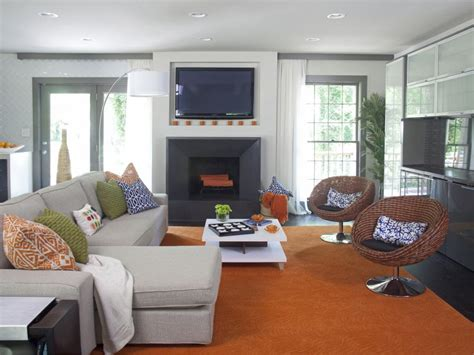 A Modern Great Room That Fits A Family
