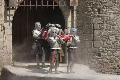 les chevaliers de la table ronde spectacle puy du fou