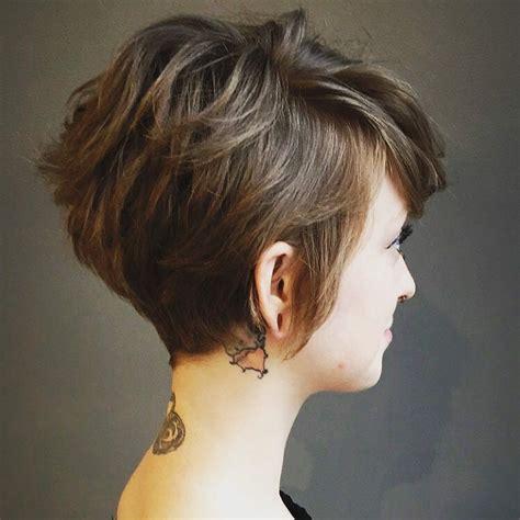 highly stylish short hairstyle  women