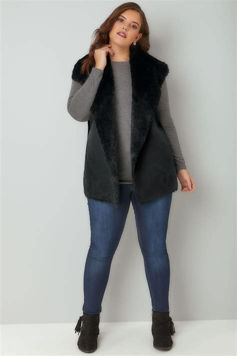 Black Faux Fur Sleeveless Cable Knit Gilet Plus size 16 to 36