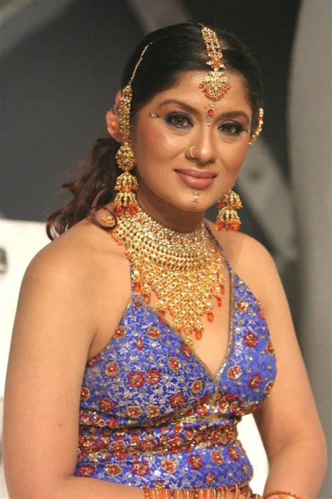 serial celebs   blog  serial artists tamil