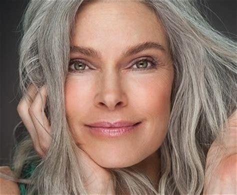brighten gray hair   easy ways  color