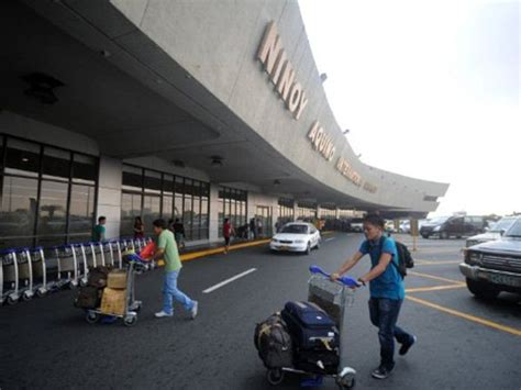 bureau immigration foreigners ph passports accosted at naia