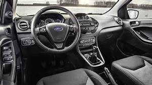 Ford Ka Interieur : dimensioni ford ka 2016 bagagliaio e interni ~ Maxctalentgroup.com Avis de Voitures