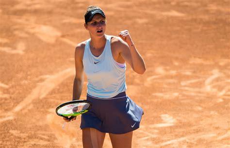 Vondrousova ends an incredible rally Czech Teenager Marketa Vondrousova Overpowers Johanna ...