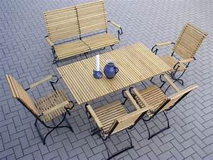 Gartenstühle Metall Holz : gartenbank mit gartenst hlen und gartentisch ~ Michelbontemps.com Haus und Dekorationen