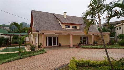 une chambre a louer villa avec piscine immo madagascar