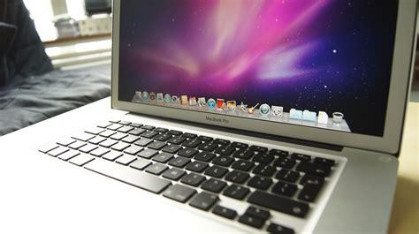 myydään macbook pro 2011