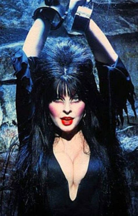 cassandra peterson kid best 25 elvira makeup ideas on pinterest elvira costume