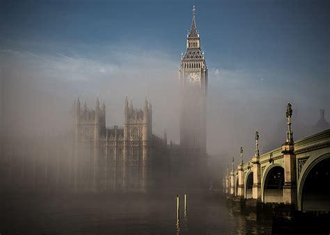 amazing   foggy london
