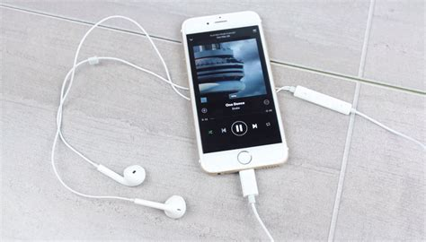 iphone headphone these could be the new headphones that come with your next