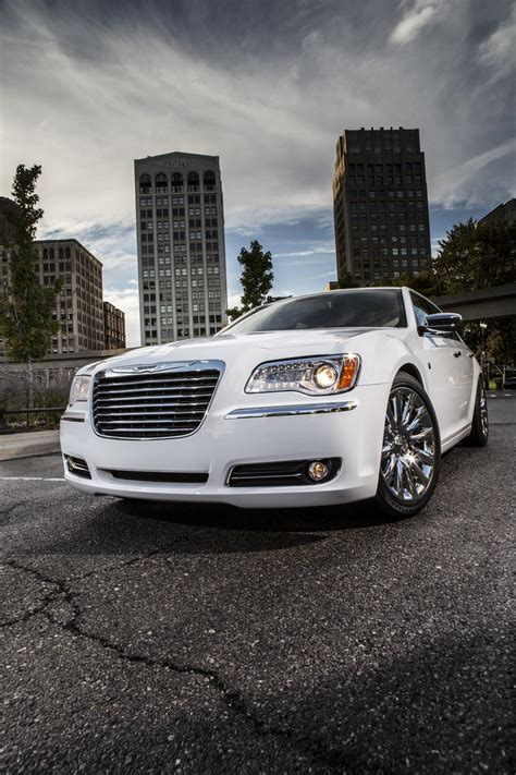 Chrysler 300 Motown Edition by The 2013 Chrysler 300 Motown Edition Cars