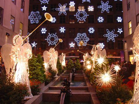 christmas decorating ideas windows new york city winter new york city christmas window