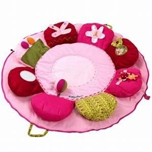 22 best images about tapis d eveil on pinterest fun diy With tapis chambre bébé avec les bouquets de fleurs