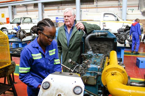 Earthmoving Diesel Mechanic wanted Asap: APPLY HERE | News365.co.za