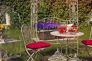 Gartenmöbel Aus Metall : was beim kauf von gartenm beln zu beachten ist ~ One.caynefoto.club Haus und Dekorationen
