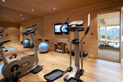 ski resort chalet contemporain salle de sport autres p 233 232 tres par mcm designstudio