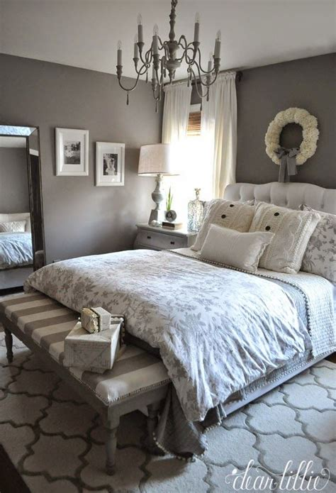 Simple Modern Bedroom Decorating Ideas