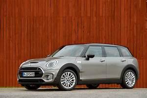 Mini Cooper 3 Porte : nuova mini clubman 5 porte 2016 revving it blog sul mondo dell 39 auto ~ Gottalentnigeria.com Avis de Voitures