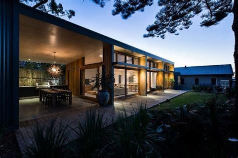 retrofit eco homes renovating refurbishing  home