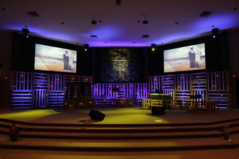 rotated pallets church stage design ideas