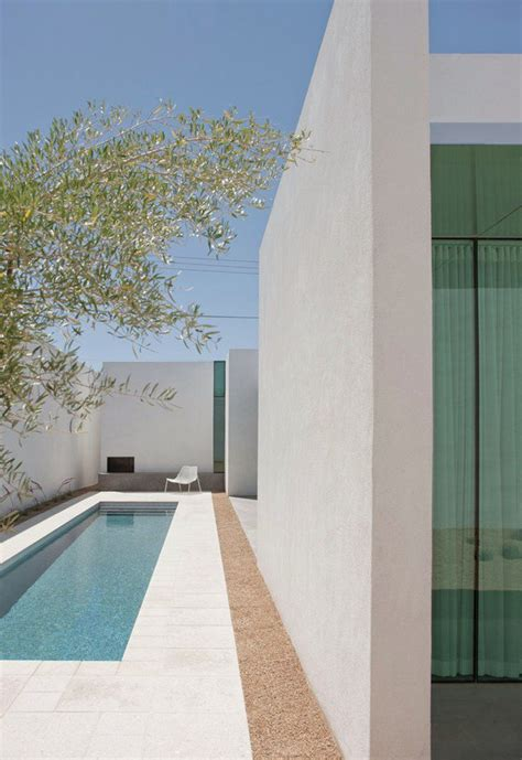 dpages  design publication  lovers    cool beautiful swimming pools dpages
