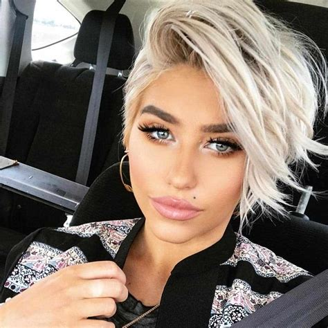 30+ Latest Short Hairstyles for Women 2019 Hairstyle Samples