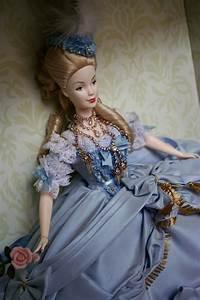 Barbie Collector Passion: Marie Antoinette  Barbie