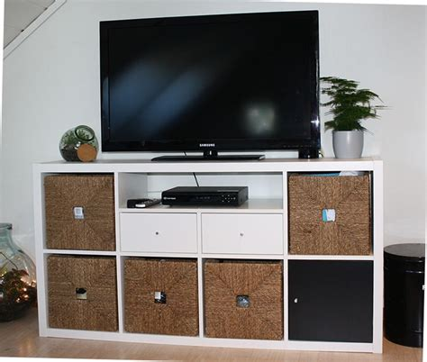 Ikea Kallax Tv by Ikea Kallax Shelf With Hack For Tv Bench Awesome Ikea