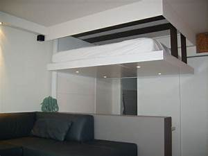 un lit escamotable plafond pratique et innovant With lit escamotable au plafond