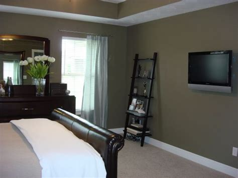 the paint color is mocha accent from behr home projects behr bedrooms and wall