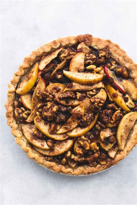 Brown Sugar Walnut Apple Pie | Creme De La Crumb