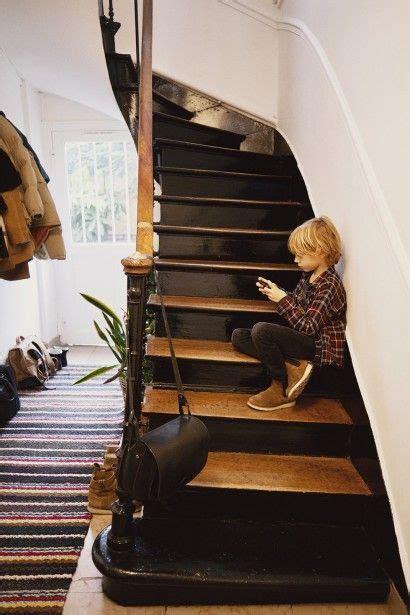 ose lescalier noir stairway en  escaliers