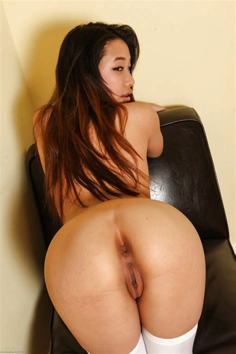 This Asian Stunner Has The Sexiest Ass Ever