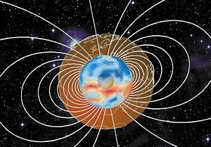 Multipolar dance could flip Earth's magnetic field ...