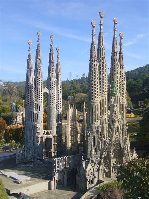 5-five-5: Sagrada Familia, (Barcelona - Spain)